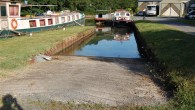 Nice slipway at southern end of Canal Lateral a La Loire,plenty of room and car and trailer parking. http://www.ententemarine.com/ Cost in August 2012, 20 euro to park car and 20 euro for trailer. Slipway free if paying for parking. Washing...